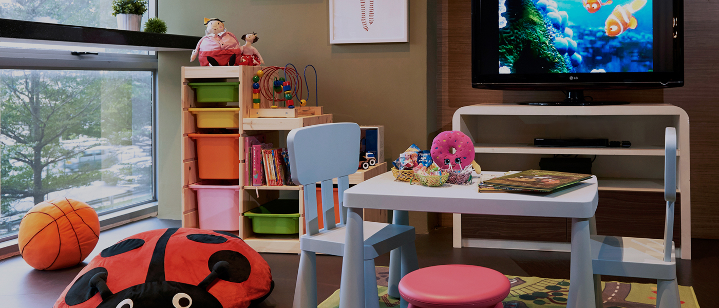 Let Your Little Ones Play while you get your house furnished